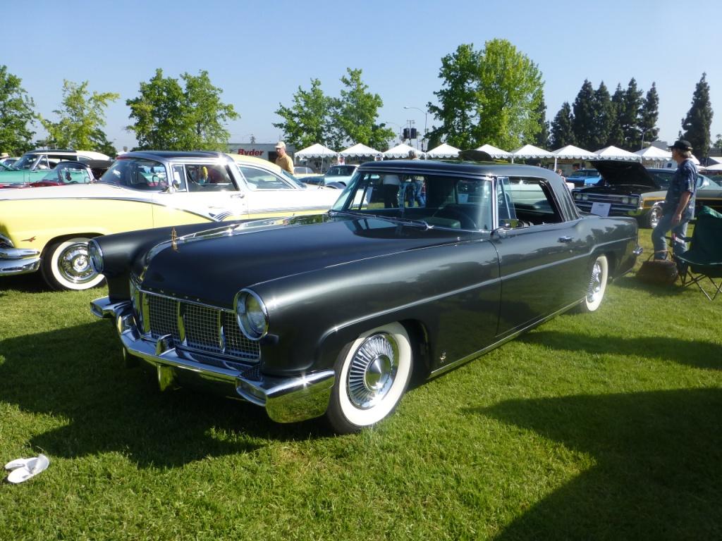 `56 Lincoln Continental MkⅢ  これは名車中の名車!