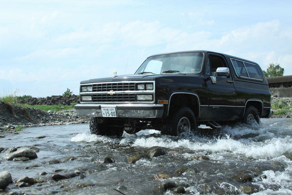 90年 シボレー K5 ブレーザー シルバラード 4WD(`90 Chevrolet K-5 Blazer Silverado 4X4)