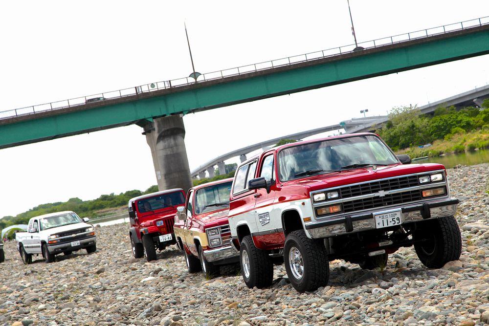 アメ車4WD SUVの祭典 「ランドスターミーティング・テールゲーティングパーティー2013」
