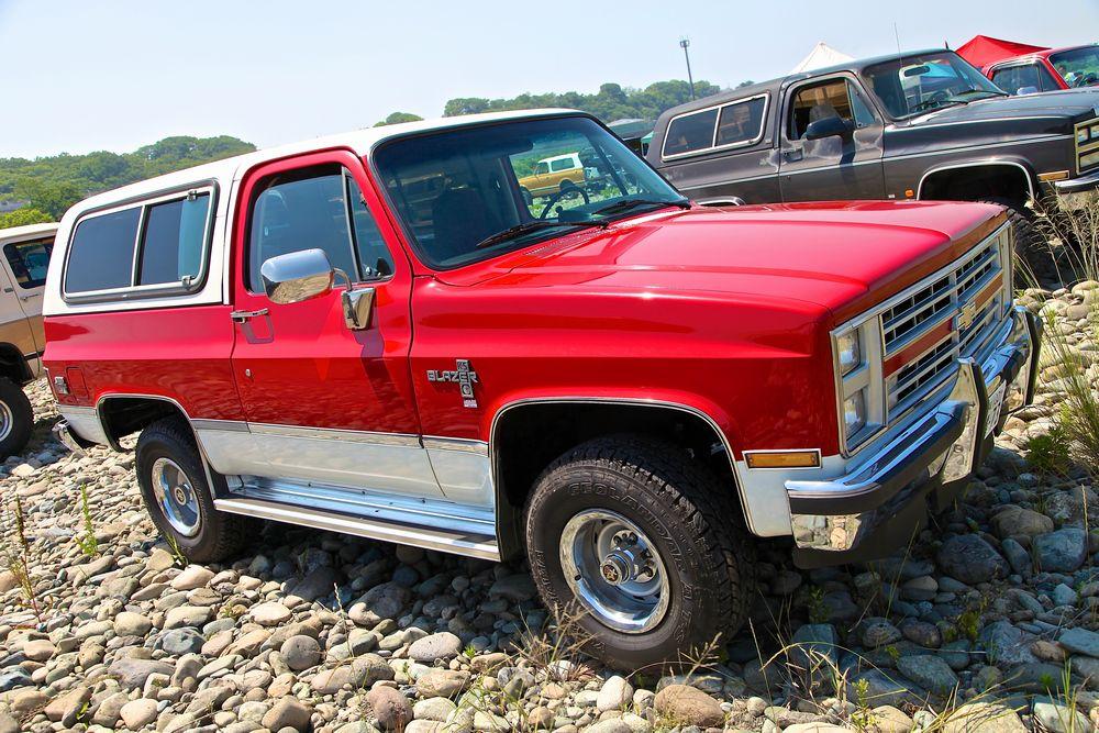 86年 キャブレターエンジン最終型 シボレー K5 ブレイザー シルバラード 4WD。 宮城県在住 I 様所有。
